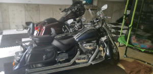 Beautiful Suzuki Intruder well taken care of and maintained