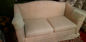 LOVESEAT ikea couch