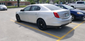 2009 Lincoln MKS AWD Push to start Saftied with Low kms