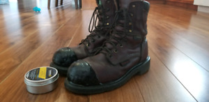 Waterproof Red Wings /Gore-tex for sale!