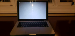 MacBook 13.3""