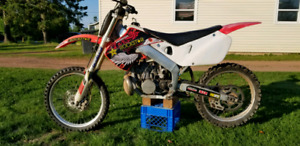 1998 CR 250 two stroke for trade or sale
