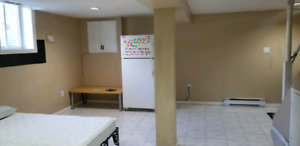 Room for rent for 2 girl students/working professionals