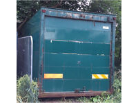 20ft Storage container & small yard to let