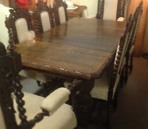French Hunt Oak Dining Suite
