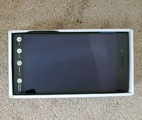 """Lenovo 7"""" Tab 16Gb One month old"""