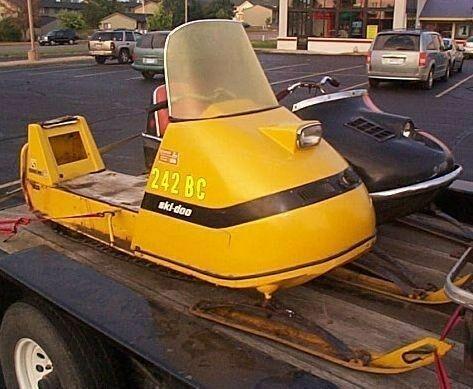 1964-1970 Vintage Snowmobile Ski-Doo Yellow Paint Quart