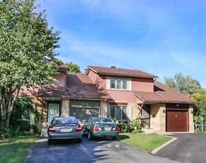 3+1 Large Home in Spacious Safe West Island (Near Fairview Mall)