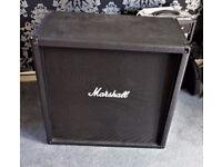 Marshall M412B 300W Guitar Cab