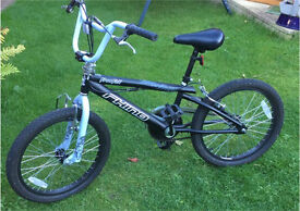 """20"""" BMX Bike - Black and White Bmx Stunt Style With 4 Footpegs"""