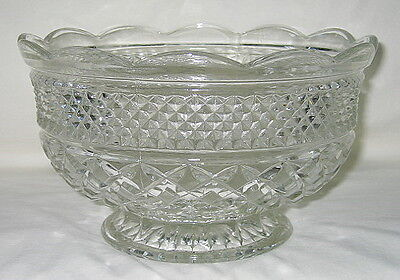 Anchor Hocking Wexford Pattern 10-inch Footed Fruit Serving Bowl