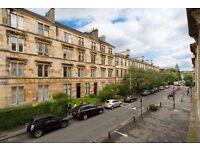 2 bedroom flat in Bank Street, West End, Glasgow, G12 8NF
