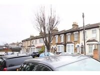 INC ALL BILLS - Modern studio to rent on Kings Road, Edmonton, N18 2PL - AVAILABLE NOW