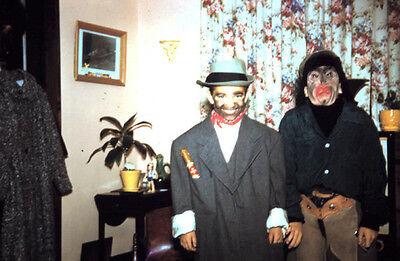VINTAGE HALLOWEEN  DECEMBER 1958 FUNNY KIDS MASKS FUN OLD KODACHROME SLIDE PHOTO - Halloween Photos Funny