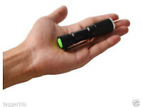 MINI BLACK CREE Q5 LED TORCH SUPER BRIGHT FLASHLIGHT WATERPROOF ZOOM LENS LOOK.*