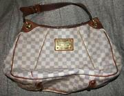 Louis Vuitton Damier PM