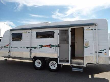 OFF ROAD SUPREME CARAVAN WITH 2 SOLAR +2 BATT + TOILET/SH