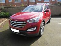 Hyundia Santa Fe 2015 4X4 SUV great condition, sale only due to owner needing automatic