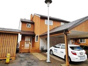 BEAUTIFUL 3 BDRM, 1.5 BATH TOWNHOUSE IN ERINDALE PLACE