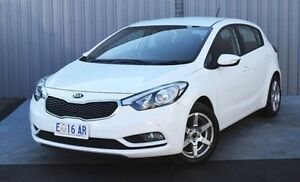 2014 Kia Cerato YD MY14 S White 6 Speed Sports Automatic Hatchback Invermay Launceston Area Preview