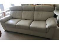 Immaculate Leather 3 Seater Cream Sofa - 6 Foot