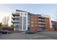 large 2 bed, 2 bathroom, 2 balconies and carpark apartment to rent in Didsbury
