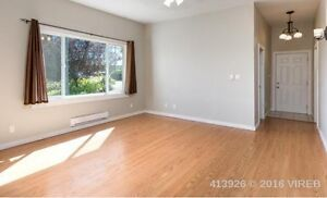 VERY NICE 3 BED UPPER HOME IN CENTRAL NANAIMO