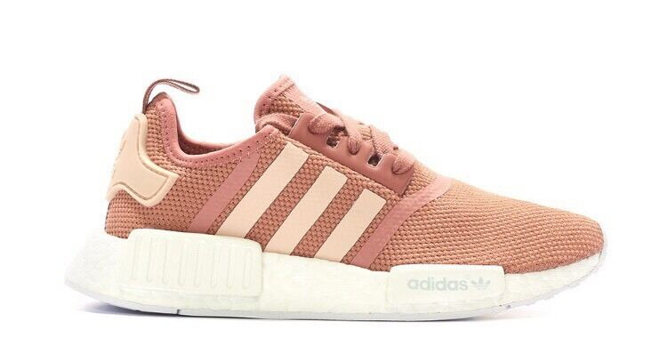 adidas nmd r1 w raw pink size uk 4 4 5 5 5 5 6 6 5 brand. Black Bedroom Furniture Sets. Home Design Ideas