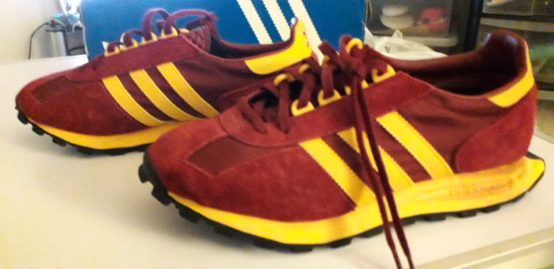 claret and amber trainers Online Shopping -