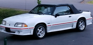 1989 Ford Mustang GT COBRA Convertible.
