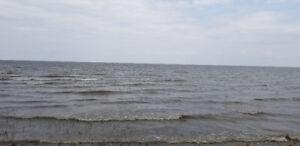 Lakefront/waterfront cottage/cabin rent/rental Winnipeg beach MB