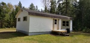 2 BED ROOM ,  HOME ,COTTAGE,HUNTING CAMP WITH 2.5 ACRES.