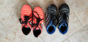 Kids Soccer Cleats Outdoor and Indoor SIZE 2