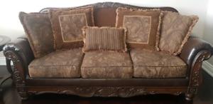 Ashley Fresco sofa set and coffee table set