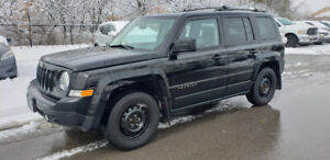 2012 Jeep Patriot 4x4 North * 2 Sets of Tire, Power Opts, AC *