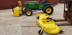 John Deere 855 4x4 Utility Tractor/JD 72 finishing mower 13800