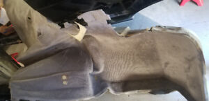 E30 325is 325i BMW part out Carpet, fenders, doors, headlight