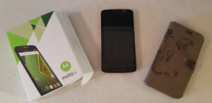 Moto X Play cell phone