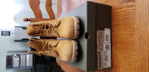 USED Timberland Wheat Boots, Size 9.5