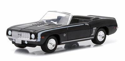 1/64 GREENLIGHT MOTOR WORLD 15  1969 Chevrolet Camaro SS Convertible