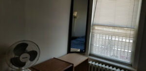 ROOM FOR RENT - CLOSE TO DAL $550