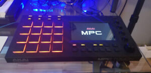AKAI MPC TOUCH MINT CONDITION LIKE NEW