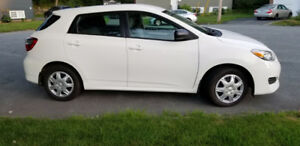 2011 Toyota Matrix Hatchback- Low KM