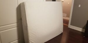 Queen Orthopedic size mattress – excellent condition