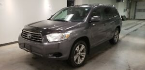 2010 Toyota Highlander Sport AW *7 Passenger, Sunroof, Leather*