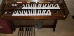 Yamaha Electone Organ D30E