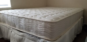 LIKE NEW - Double mattress and frame