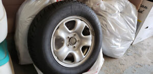 """16"""" Snow Tires 215/70R16 only used for 1 season"""