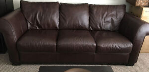 All-leather Cindy Crawford Home couch, excellent condition