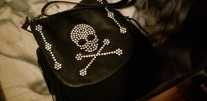 Skull and crossbones purse.